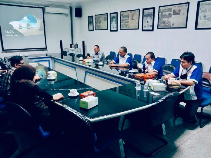 Dewan Pengurus Pusat Perkumpulan (DPP) Media Online Indonesia (MOI) bersama Solopos Institute sepakat melakukan Workshop Try Out UKW Virtual (Dok. Tim)