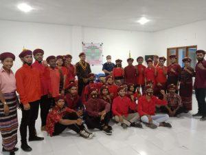 Jajaran Presidium dan Anggota PMKRI Cabang Alor (Foto: Stiven)